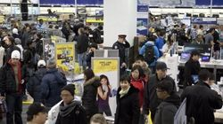 Canadians Flock To Malls For Boxing Day