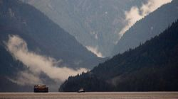 B.C. Pushing Feds For Help With Oil