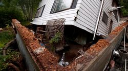 Family Escapes House Dangling Over B.C.