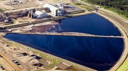 Alberta Government Attempts Balancing Oilsands And Environment,