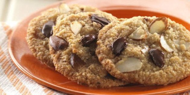 Gluten-Free Chocolate Chip Cookies: Almond Flour Steps In On The Classic