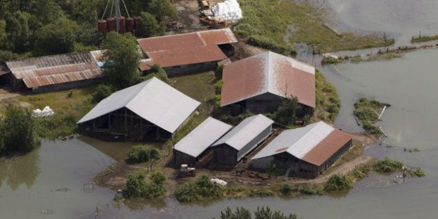 BC Flood: Red Cross, Government Assess Flood-Ravaged Structures As Some Residents Remain