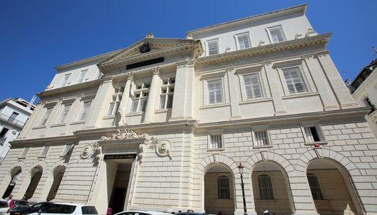 """Le procès de Kamel Chikhi dit """"le boucher"""" reporté au 19"""