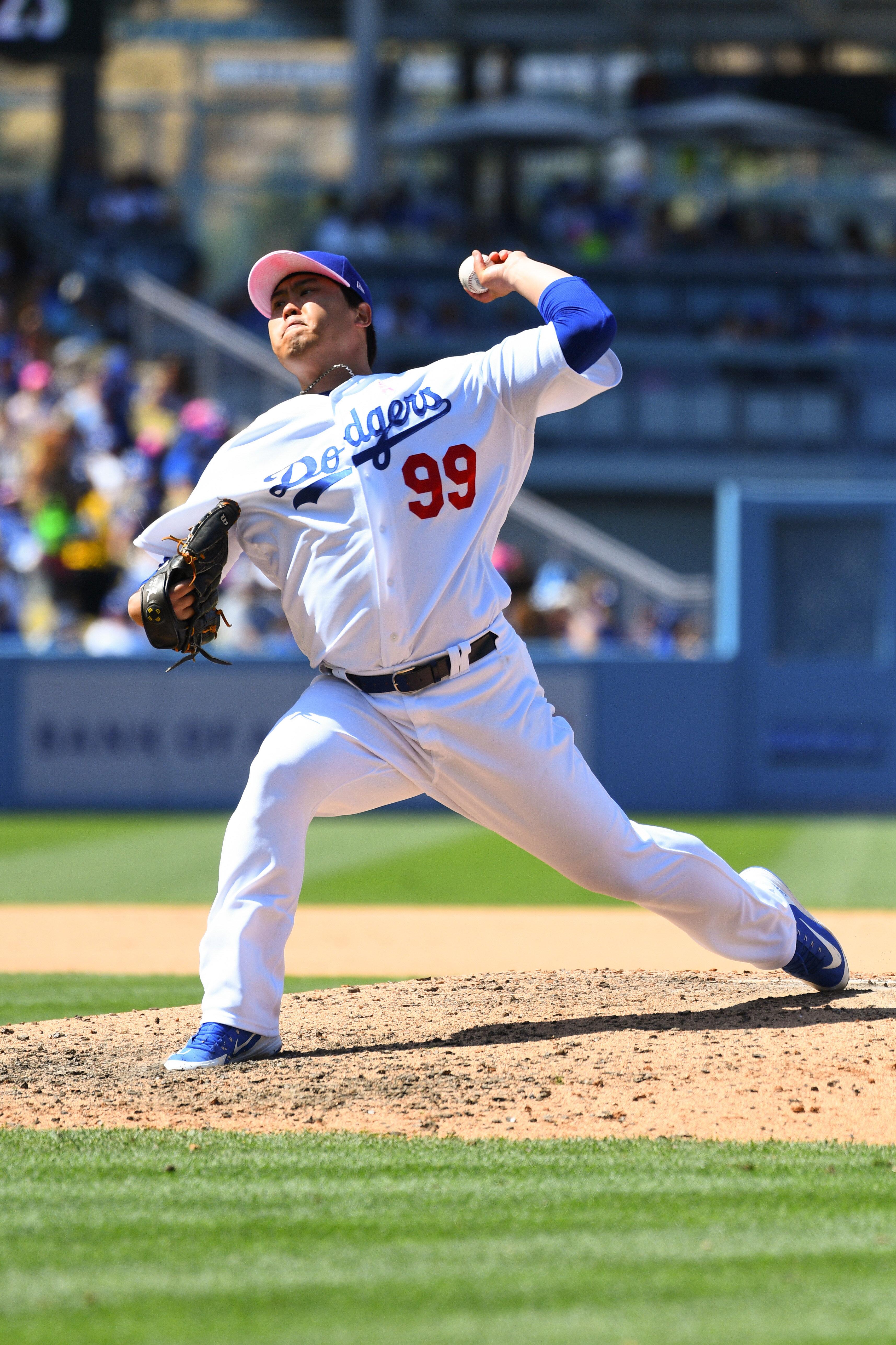 LA 다저스 류현진이 8이닝 무실점으로 5승을
