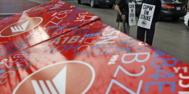 Canada Post Strikes Rotating In Montreal, Hamilton,