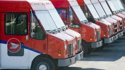 Canada Post Locks Out Workers, Mail Halted Across