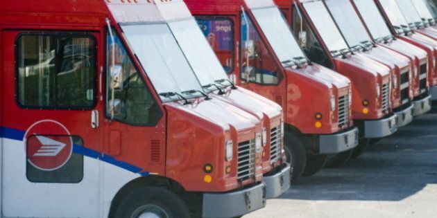 Canada Post Locks Out Workers, Union Calls Move