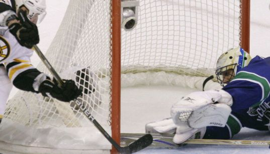 Canucks Crushed By Bruins In Stanley Cup