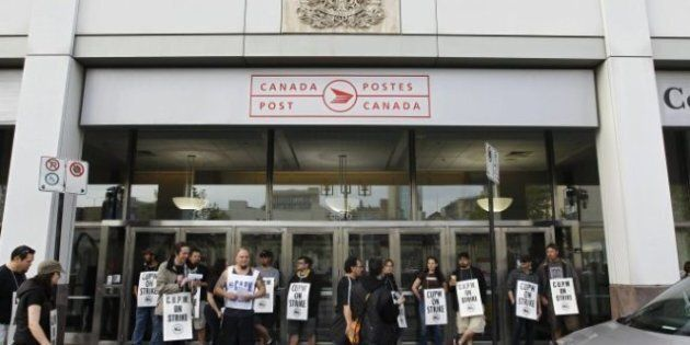 Postal Strike: Workers Offered Lower Wages in Back-To-Work