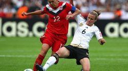 Germany Beats Canada 2-1 At Women's