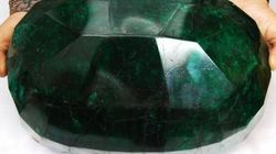 World's Largest Emerald Goes Unsold, Owner
