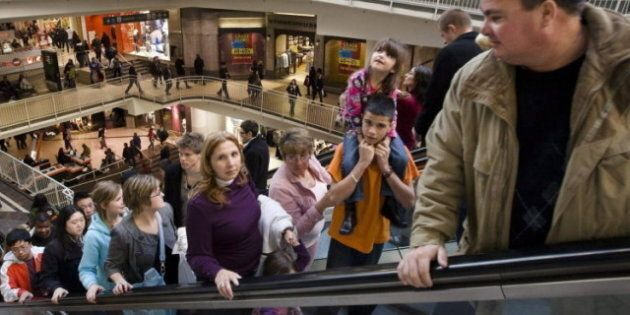 Canada's Economic Outlook Grim On Stagnating Wages, Low