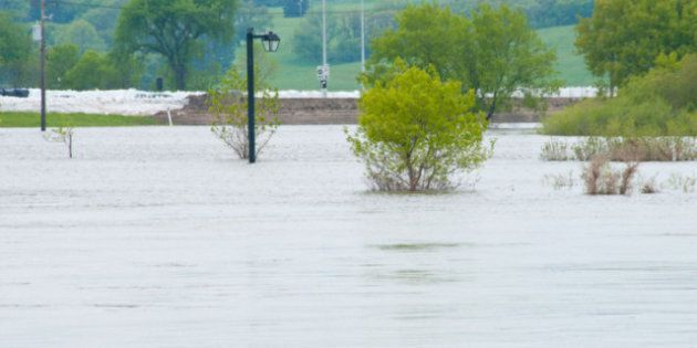 NDP Leader Nycole Turmel Supports Manitoba's Call For Flood
