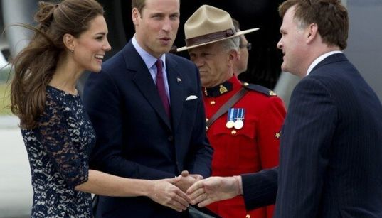 PHOTOS: A Royal Welcome To