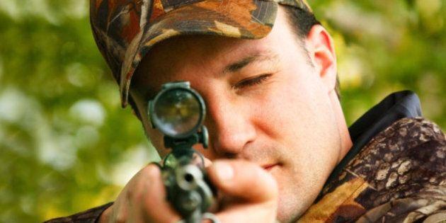 Quebec Ponders Legal Action Over Gun Registry