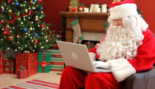 Click Into Christmas: Our Favourite Viral Videos From Years