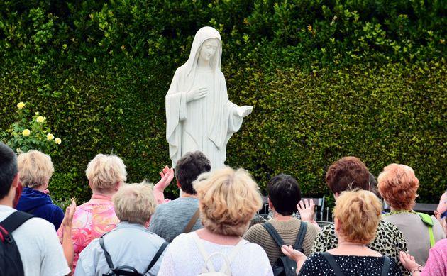 Papa Francesco dà il via libera ai pellegrinaggi a