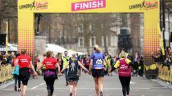 El aplaudido gesto de dos corredoras que iban a quedar últimas en una