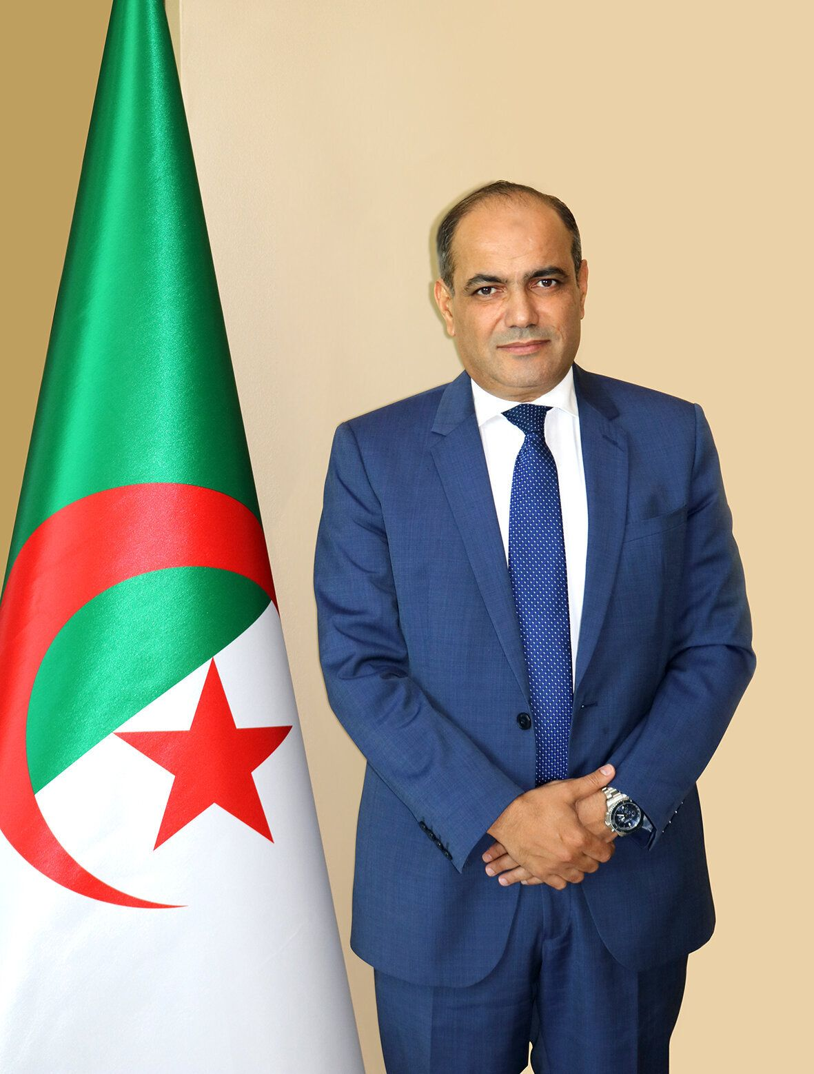 Hassen Khelifati annonce sa candidature à la présidence du