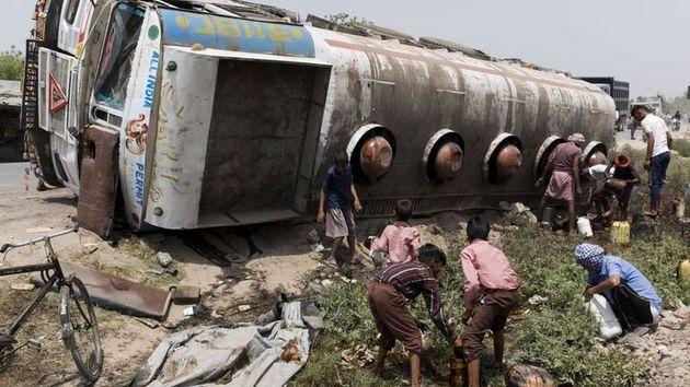 Au Niger, l'explosion d'un camion-citerne fait 76