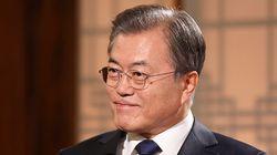 문대통령이 한국당 지도부를 우회 비판하며 한