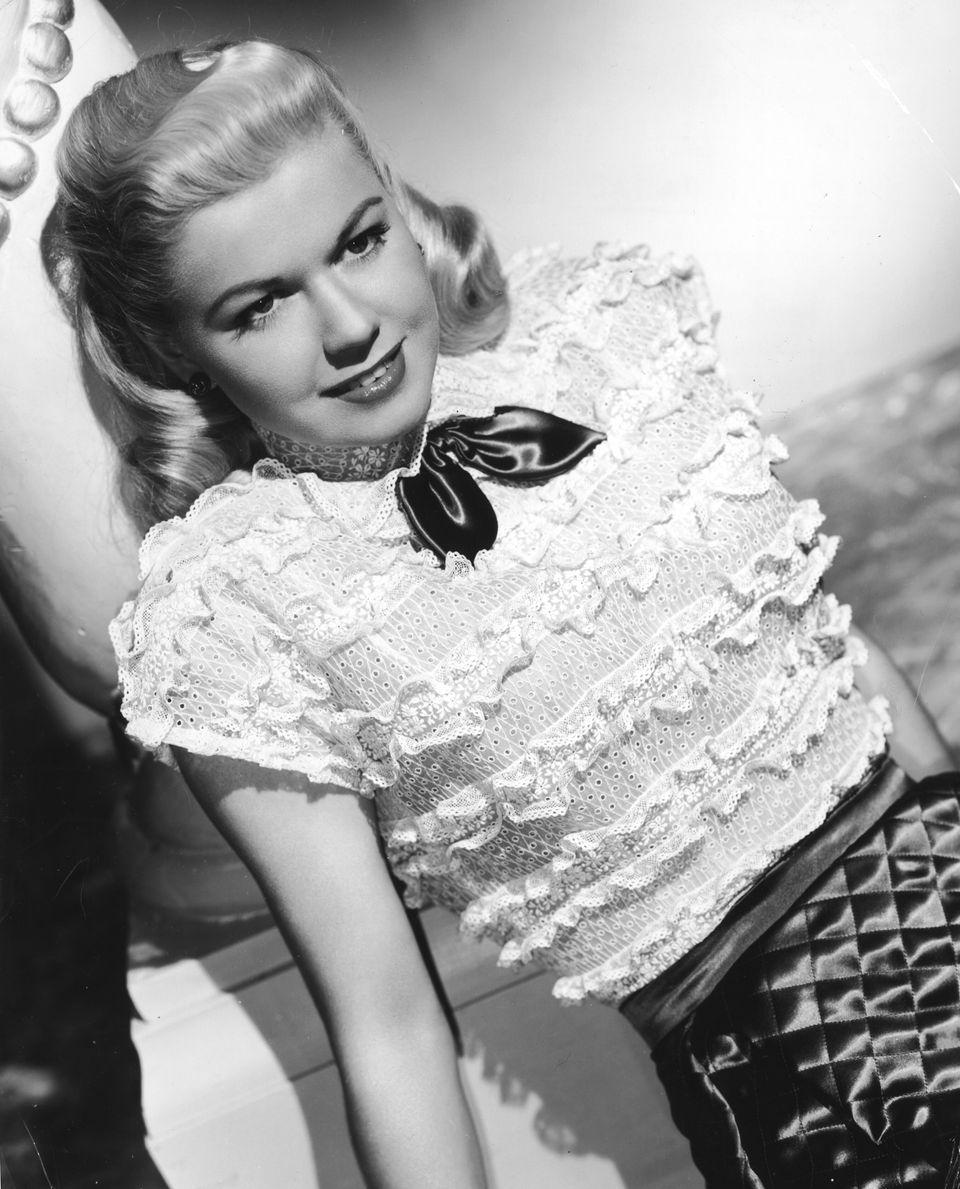 Westlake Legal Group 5cd97ba624000032007e9e18 A Look Back At Doris Day's Life And Career In Photos