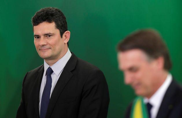 No domingo (12), Bolsonaro afirmou à rádio Bandeirantes que prometeu ao ex-juiz a indicação...