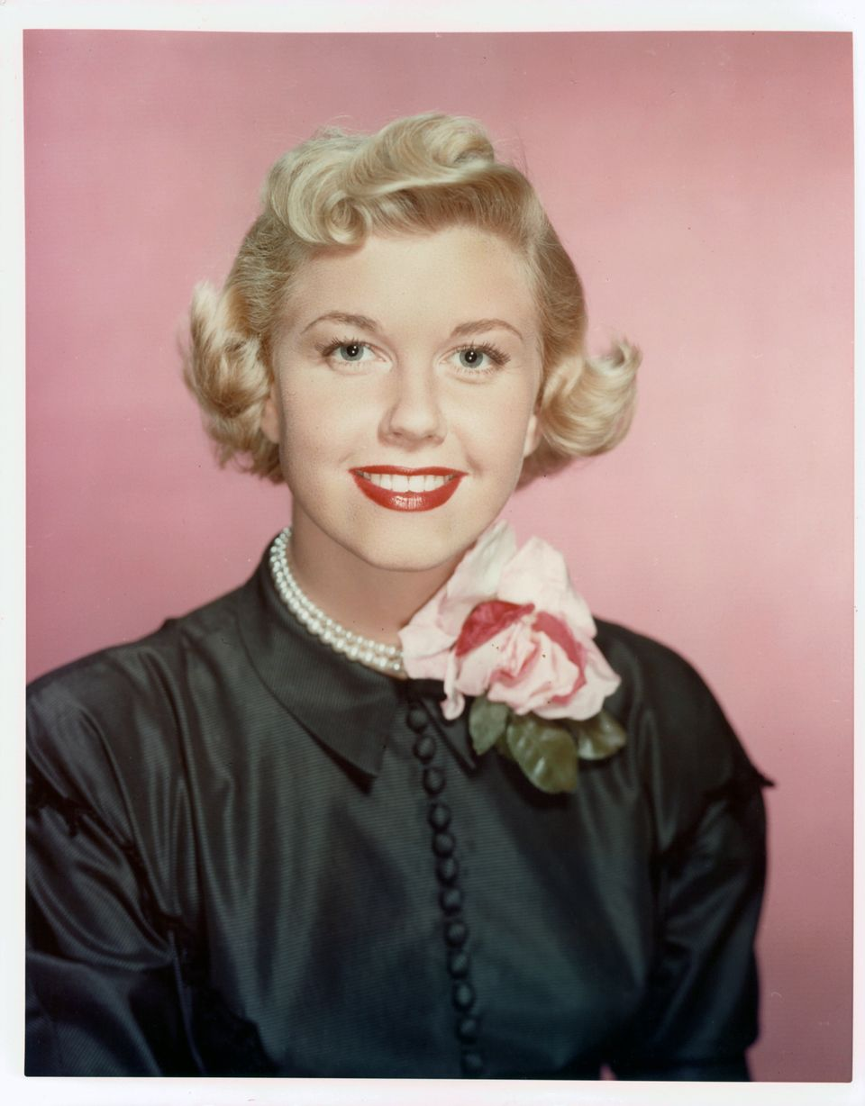 Westlake Legal Group 5cd97bf324000058007e9e1c A Look Back At Doris Day's Life And Career In Photos