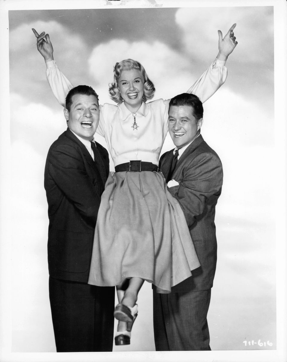 Westlake Legal Group 5cd97c0824000031007e9e1d A Look Back At Doris Day's Life And Career In Photos