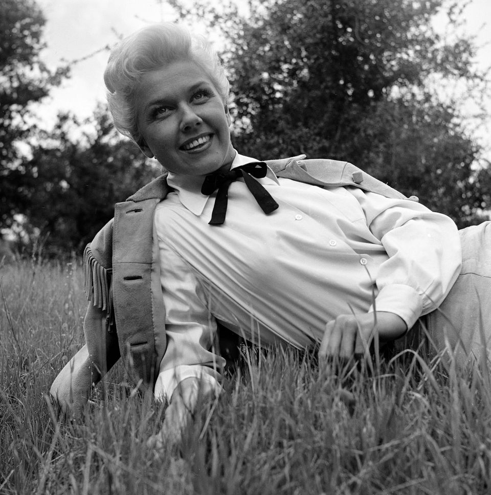 Westlake Legal Group 5cd97d632100005900d06646 A Look Back At Doris Day's Life And Career In Photos