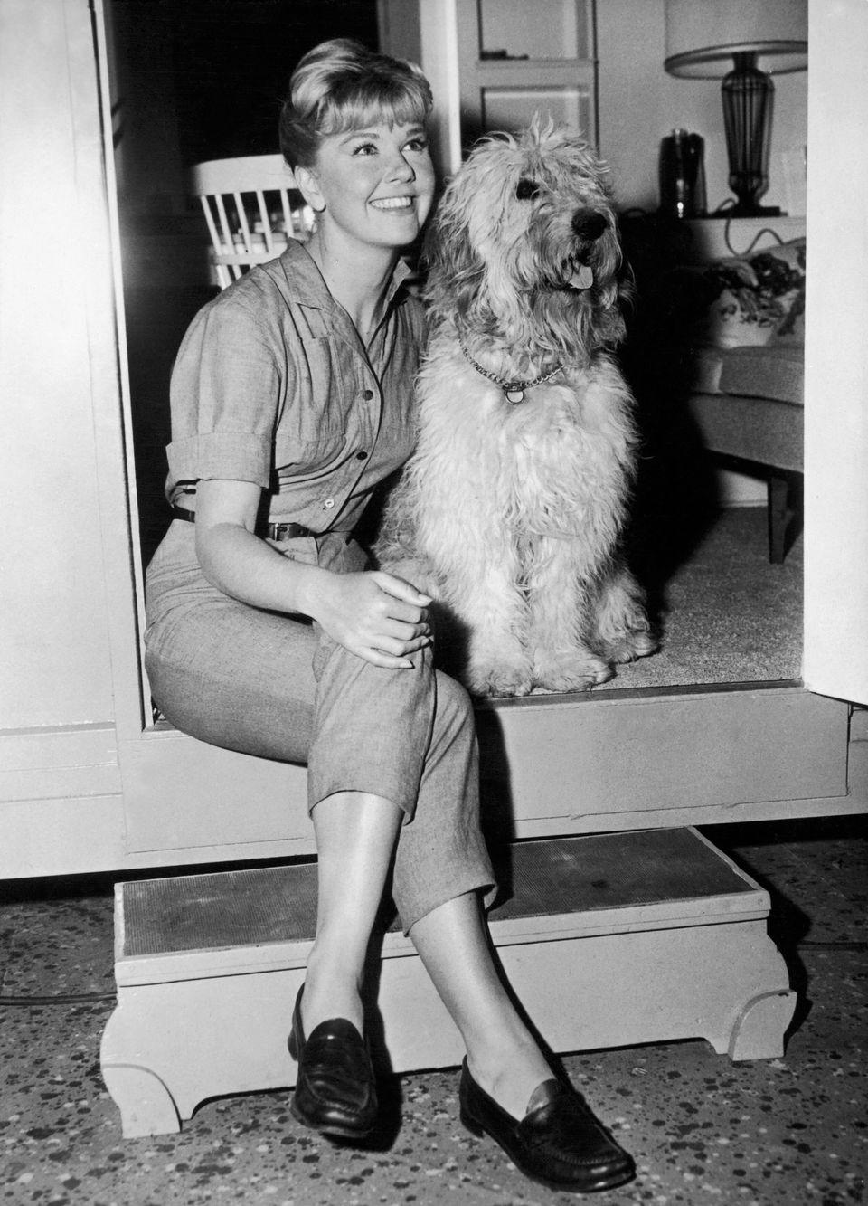 Westlake Legal Group 5cd980e024000059007e9e33 A Look Back At Doris Day's Life And Career In Photos
