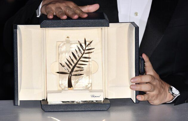 Festival de Cannes: Alain Delon visé par une pétition contre sa Palme