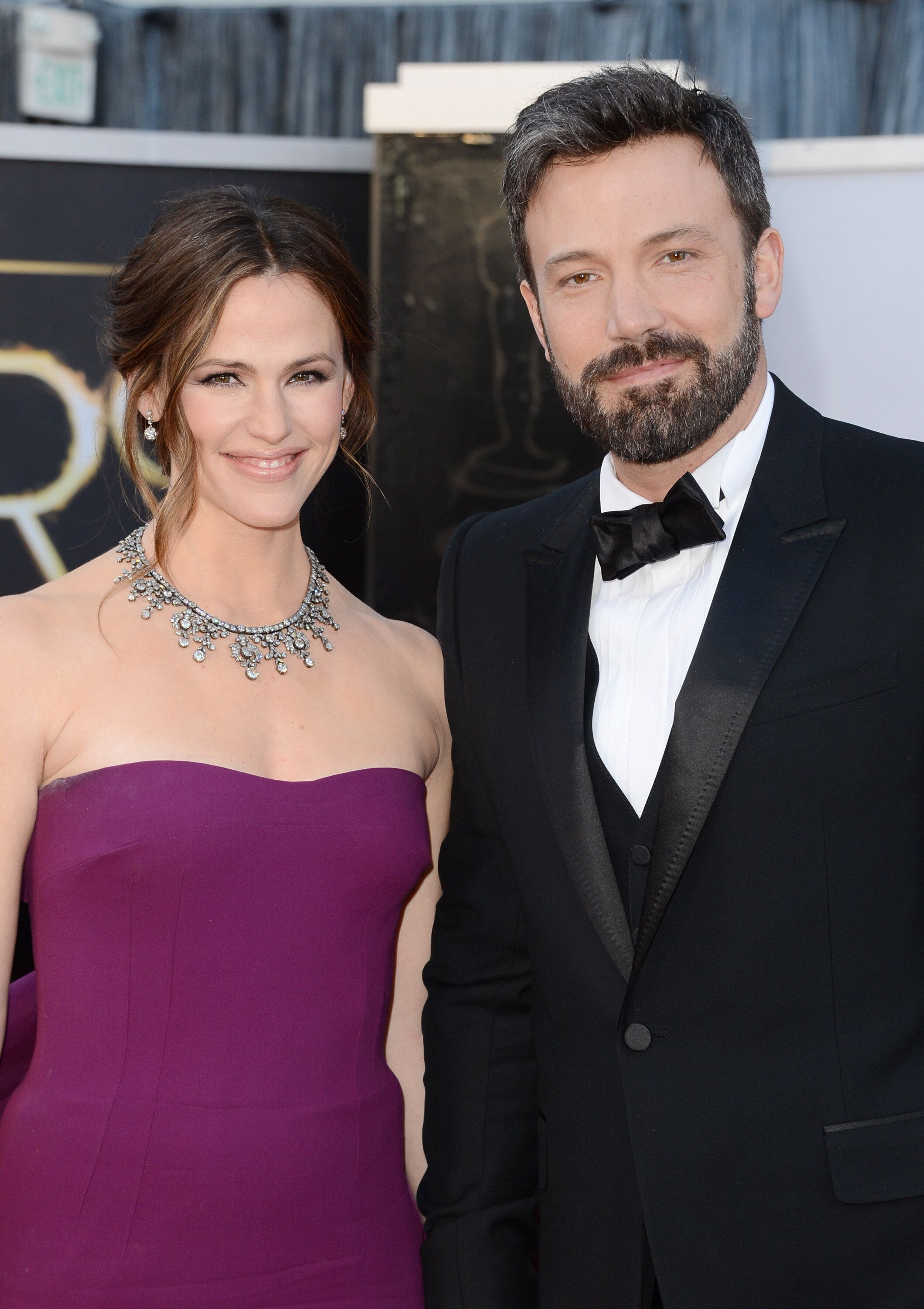 HOLLYWOOD, CA - FEBRUARY 24:  Actress Jennifer Garner and actor-director Ben Affleck arrive at the Oscars at Hollywood & Highland Center on February 24, 2013 in Hollywood, California.  (Photo by Jason Merritt/Getty Images)