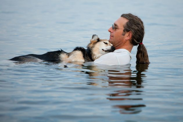 John Unger And Schoep: Internet-Famous Dog From Heartwarming Picture In Lake Superior