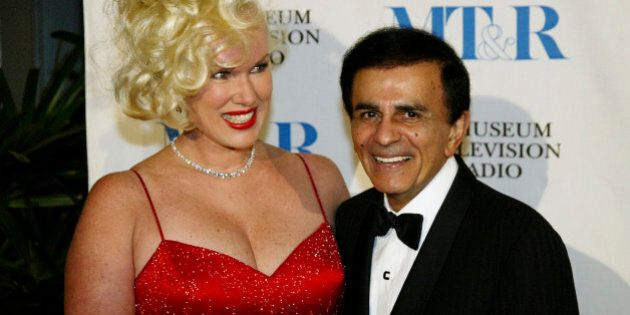 BEVERLY HILLS, CA - NOVEMBER 10:  (TABS OUT, HOLLYWOOD REPORTER OUT)  Jean and Casey Kasem pose before the Museum of Television & Radio's Annual Los Angeles Gala on November 10, 2003 at the Beverly Hills Hotel in Beverly Hills, California. (Photo by Doug Benc/Getty Images)