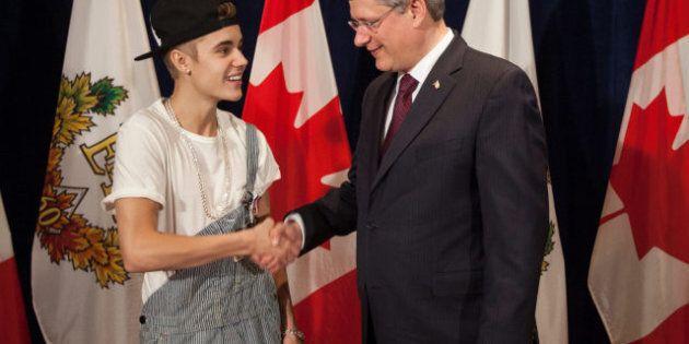 Justin Bieber Awarded Diamond Jubilee Medal By Stephen Harper (PHOTO,