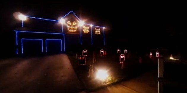 Best Halloween Light Shows Synchronized To 'The Fox,' 'Sail' And Ooh So Many