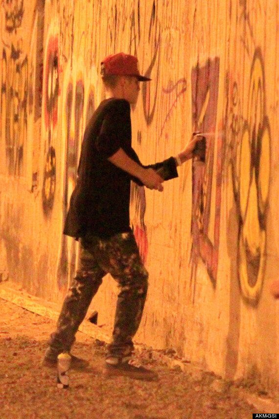Justin Bieber Filmed In Bed By Brazilian Woman; Faces Charges Over Graffiti (VIDEO,