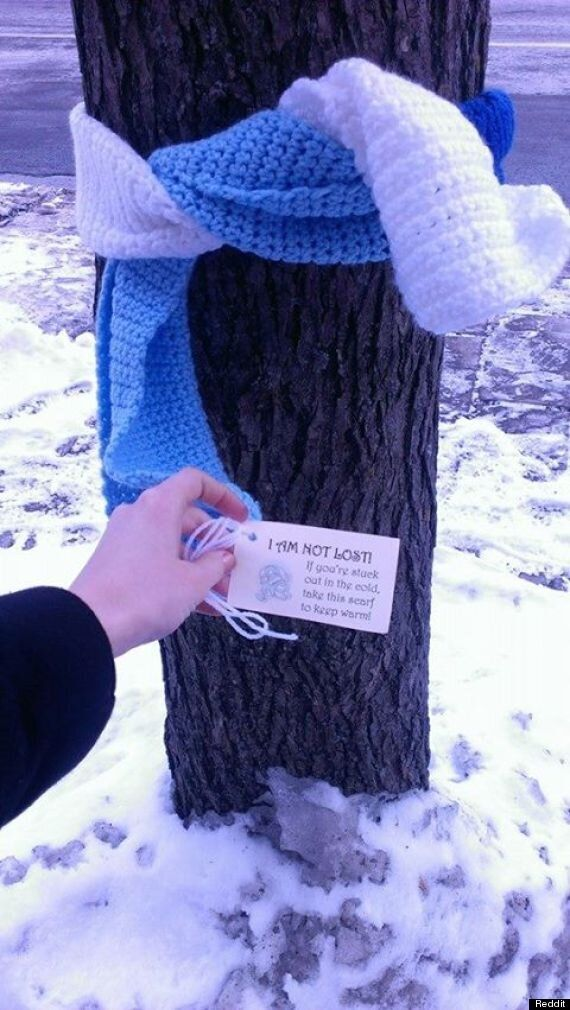Free Scarves In Ottawa A Helping Hand In Freezing Temperatures