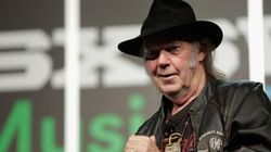 Neil Young Says He 'Can Make Your Stereo Sound Like God' At