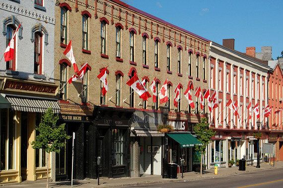 5 Small Canadian Towns To Visit This