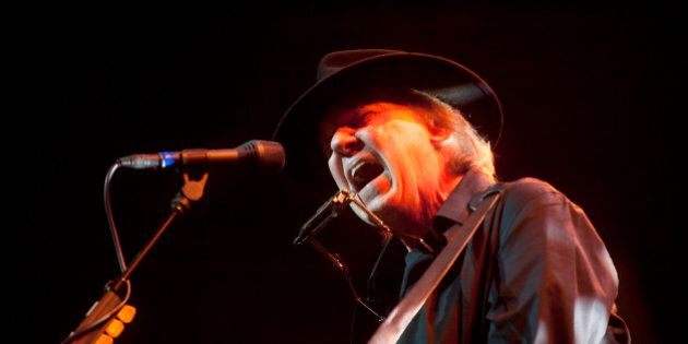 Neil Young Helping First Nations Fight Oilsands With