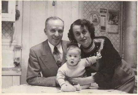 Making Sure Holocaust Survivors' Stories Get