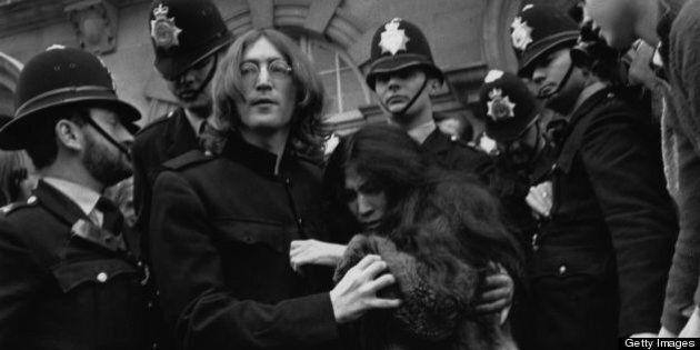 19th October 1968: Beatles singer, songwriter and guitarist John Lennon (1940 - 1980) and his partner...