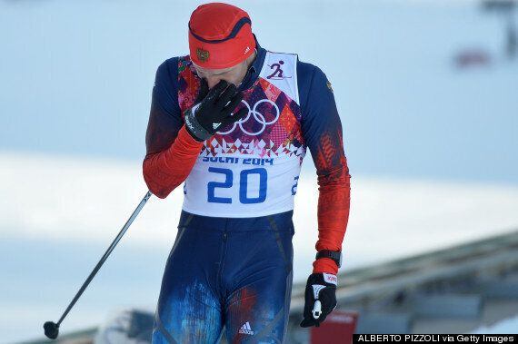Justin Wadsworth, Canadian Coach, Helps Russian Skier Anton Gafarov With Broken