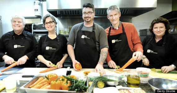 How Community Kitchens Help Canadian