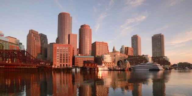 USA, Massachusetts, Boston, Waterfront from Fan pier at dawn