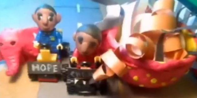Barack Obama Twins Drag Race Ahmadinejad, Putin In Crazy Musical Claymation Clip