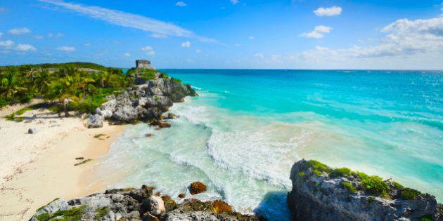 Mexico, Yucatan, Tulum, Beach with ancient Mayan