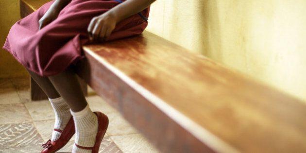 """6 février 2015 - Journée Internationale de la Tolérance Zéro à l'égard des Mutilations génitales féminines. Dans son message à cette occasion, Le Secrétaire Général des Nations Unies Ban Ki-moon a déclaré: « Je suis sincèrement impressionné par les initiatives prises par des professionnels du secteur de la santé  qui refusent de pratiquer les excisions et plaident activement pour que cette pratique soit abandonnée, forts du soutien reçu grâce au programme conjoint FNUAP-UNICEF de lutte contre les mutilations/ablations génitales. Si tout le monde se mobilise – femmes, hommes et jeunes – il sera possible, en une génération, de mettre fin à une pratique qui  affecte quelque 130 millions de filles et de femmes, dans les 29 pays pour lesquels nous disposons de statistiques. » Photo UNICEF / Olivier Asselin==== 6 February 2014. International Day of Zero Tolerance of Female Genital Mutilation.  In his message, on this occasion, the United Nations Secretary-General, Ban Ki-moon declared : """"I am truly inspired by actions already being taken by health professionals, which refuse to practice female genital mutilation and actively promotes the abandonment of the practice as the result of support from the UNFPA-UNICEF joint programme on female genital mutilation/cutting. If everyone is mobilized, women, men and young people, it is possible, in this generation, to end a practice that currently affects some 130 million girls and women in the 29 countries where we have data."""" Photo UNICEF / Olivier Asselin"""